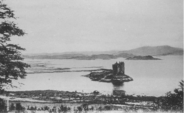 Early photograph of Stalker Castle 1878