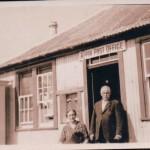 Achosrigan Christina and Archie Lawrie, Achosrsigan Post Office. Source - Ross Lawrie